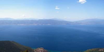 Panoráma Ohridského jezera