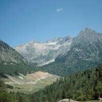 cestou k Pico de Aneto, vzadu masiv Besiberi