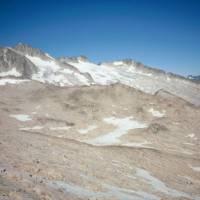 Pico de Aneto (vlevo)