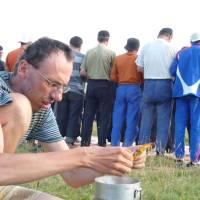 Kavkaz, Džily su - vaření večeře u večerních modliteb
