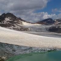 Kavkaz, na ledovci Chotuj Tau