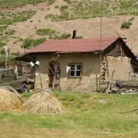 Kavkaz, koš v údolí Kyrtyk
