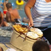Krym, Alušta - prodavačka na pláži