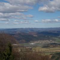 Z Velkého Manína - pohled na Pováží a Javorníky
