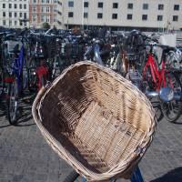 Kodaň - kola před hlavním nádražím (neděle ráno)