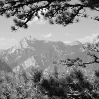 Z Maglić výhled na pohoří Zelengora