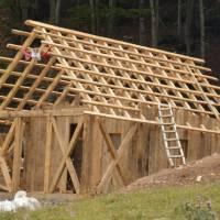 Trnovačko jezero: stavba nové  chaty pro správce přírodního parku Maglić