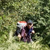Zelengora: náročný sestup z hlavního hřebene do vesnice Jeleč
