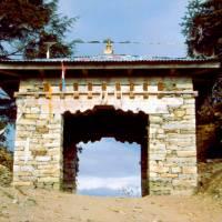 Sedlo Tragsindho La a vstup do oblasti Solu Khumbu