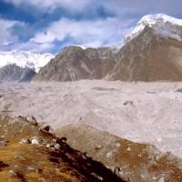 Gokyo, Ledovec Ngozumba