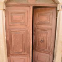 Bastia, dveře