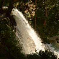 Lúčky - velký vodopád ve středu obce