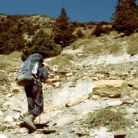 Jirka při výstupu z Marphy do Thapa; už jsme v Dhaulágirském Himaláji
