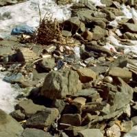 Základní tábor pod Dhaulágirí: nepořádek