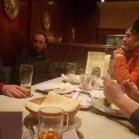 V restauraci ve městě Leoben, odměna za úspěšný přechod hor