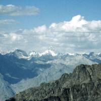Ze sedla Burji La, asi Mašebrum, K2 v mraku