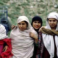 Pláně Deosai Plains, Pákistánky s Hankou