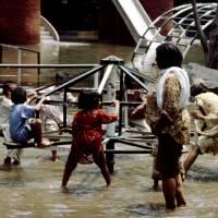 Láhaur, ZOO, dětské hřiště po povodni