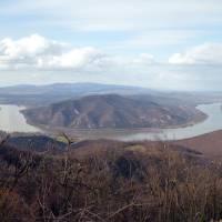 Vyšehradské vrchy, Predikaloszek, vyhlídka na Ohbí Dunaje a na protější pohoří Börzsöny