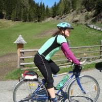 Cesta na kole na Sticklerhütte. Foto B.S.