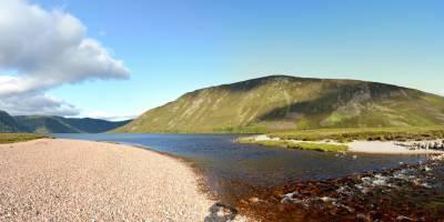 Cairngorm, jezero Loch Muick, výtok z jezera