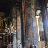 Pravoslavý klášter Veliki Dečani u Dečani v Kosovu; pohled do interiéru