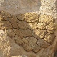 Kapadocie, Ihlarské údolí, sušení trusu na otop