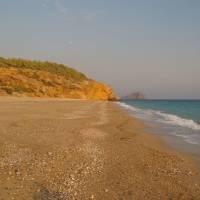 Středozemní moře, opuštěná pláž