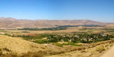 Aladagar (Aláhovy hory), údolí/ves Çukurbağ