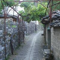 Řecko, pohoří Pindos, ves Mikro Papigo