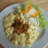 Vynikající špecle s domácím sýrem na Lurgbauerhütte