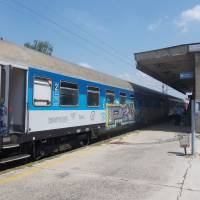 Nádraží v Niši (3. největší město Srbska), tady jezdí vlaků ještě mnohem méně