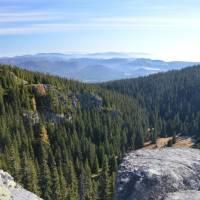 Skály Martalúzka, pohled k horám na východu