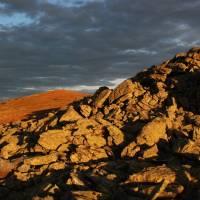 Západ slunce na hřebeni Kráľovy hoľe. Foto Ondra L.