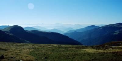 Rodna – místo La Cărti, vzadu asi Făgăraş