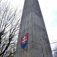 Veľký Milič, 895 m, nejvyšší bod maďarské části pohoří. Opouštíme Slovenko a dále už budeme jen na Slovensku.