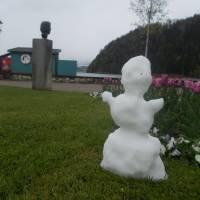 Městečko Stobl na břehu Wolfgangsee ve sněhu